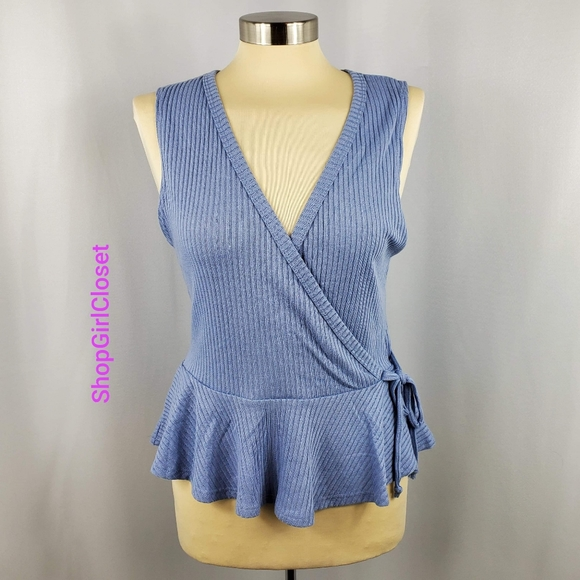 💥Just In💥Glance Sleeveless Top..Size XL Juniors